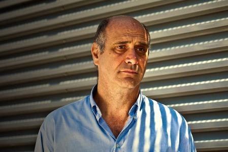 Lorenzo, l'uomo che viene da lontano. Interpretato da Renzo Lissoni
