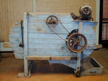 Ventilabro (macchina per separare il grano dalla pula).